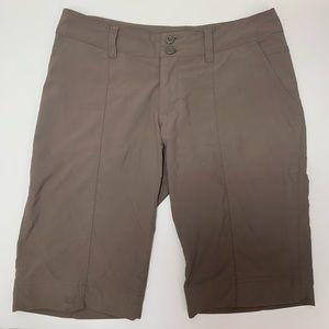 Patagonia women's Bermuda shorts brown size 2